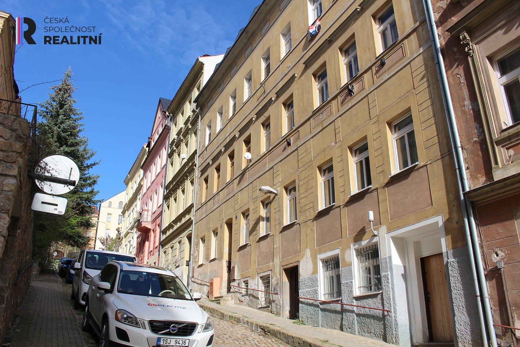 Pronájem mezonotového bytu 2+1 Kolmá, Karlovy Vary
